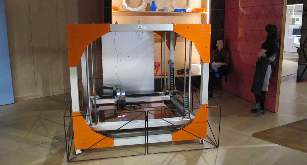 This industrial 3D printer can print out furniture. It's the future of 3D printing and manufacturing.
